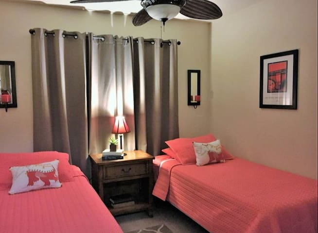 Twin bedroom with Extra Long Beds