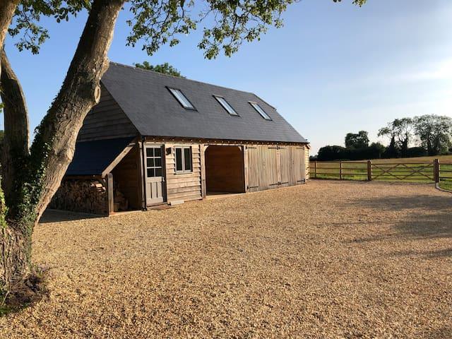 Stylish Barn in Rural Hampshire