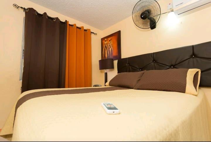 Cozy Accommodations (Kensington)