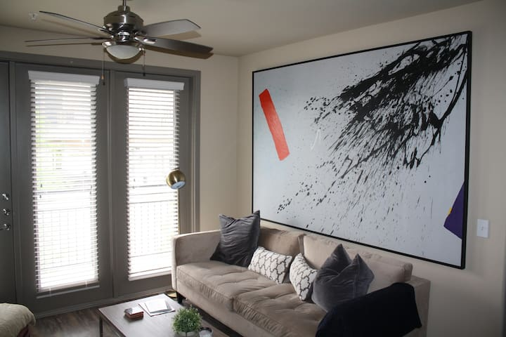 1 Private Suite + Luxurious Deep Ellum - Dallas - Apartment