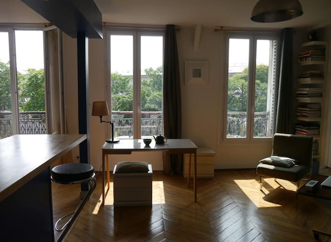 Clear apartment and close to montmartre apartments for rent in paris île de france france