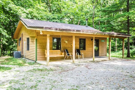 Kishauwau's Starved Rock Area Cabins - Romantic Whirlpool (Hunters) Cabin For up to 3, No Kids under 10 yrs., No Dogs