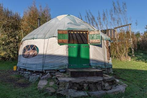 Woodland Yurt @ Inch Hideaway, Eco Camp