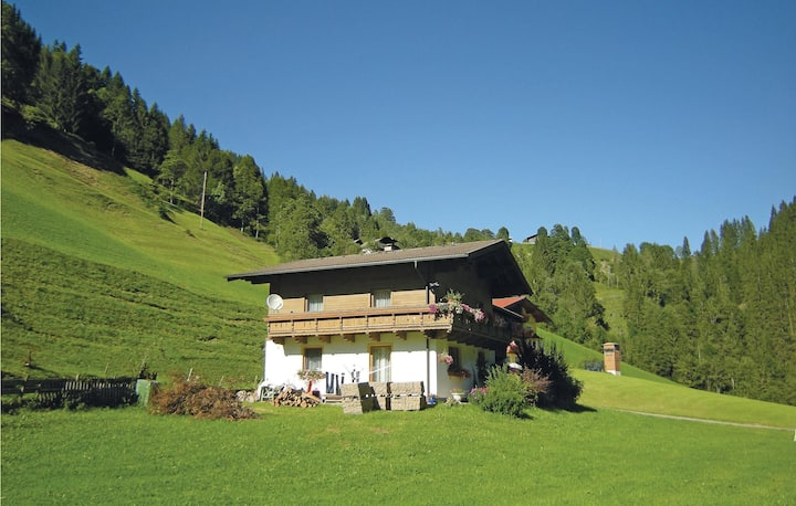 Stunning home in Mühlbach with 2 Bedrooms