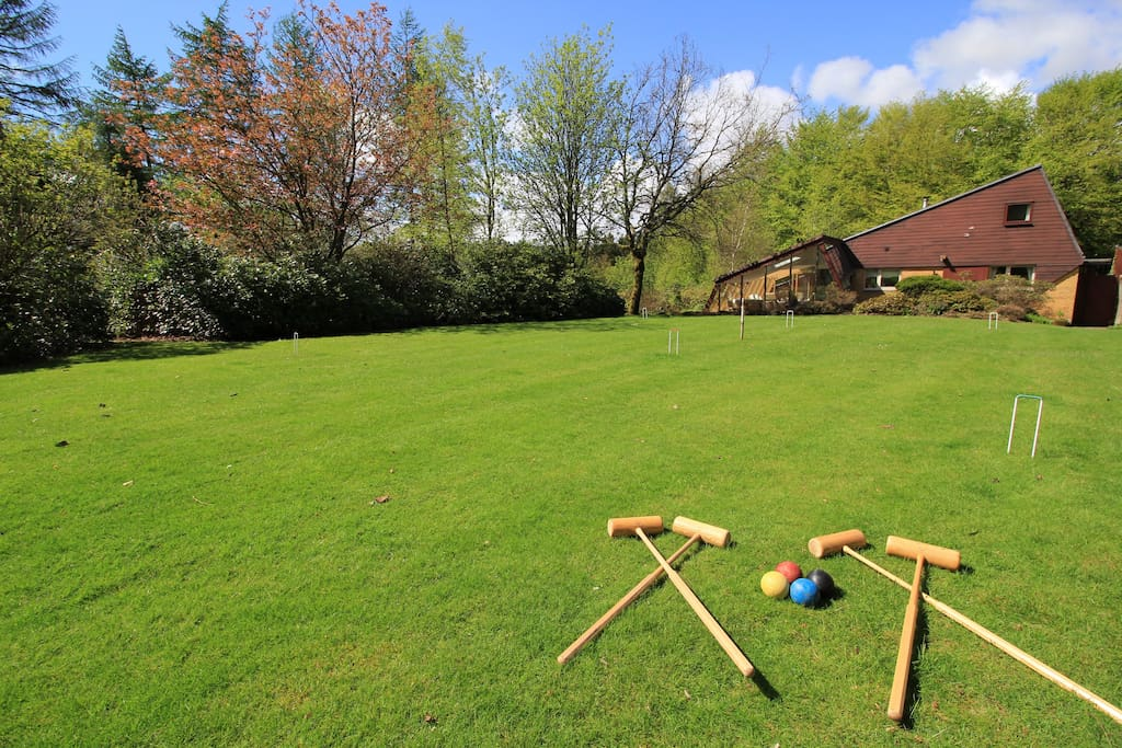 Croquet on the lawn in the summer