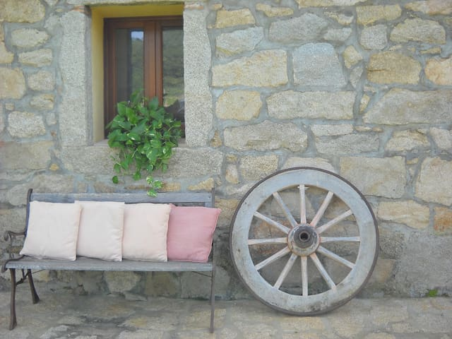 B&b in the countryside RoomGinestra - Luogosanto - Bed & Breakfast