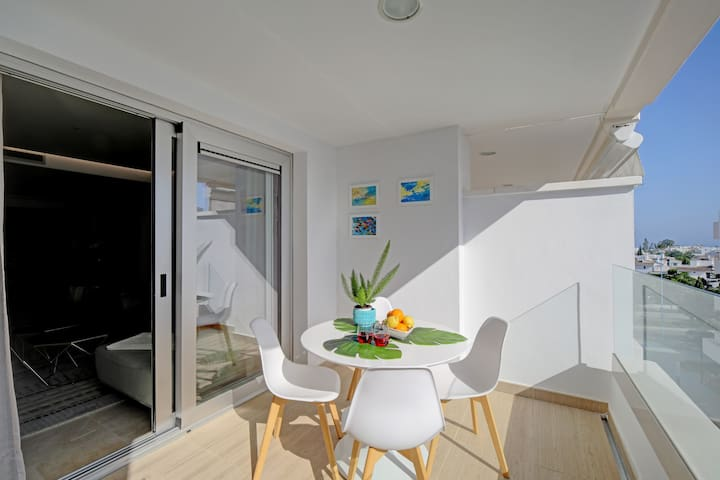 Relax on the balcony terrace with views to sea and Swimming Pool