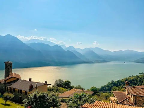 Apartment with view on the Lago d'Iseo - No. 2