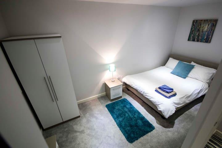 MyPad Vincent Street Executive Studio Apartment