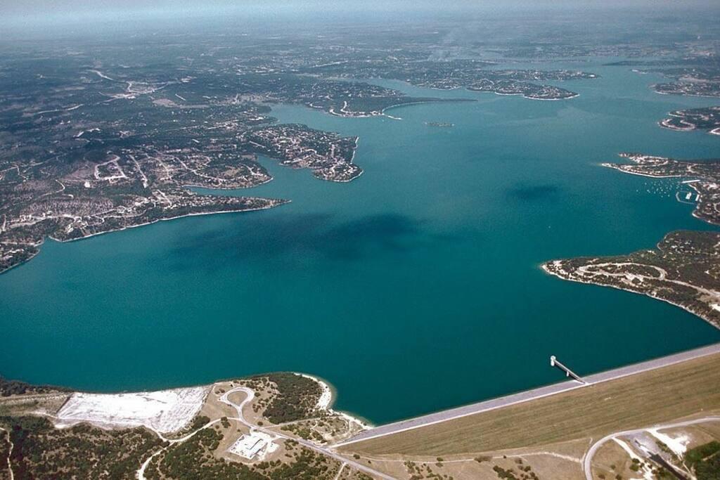 Aerial Photo of Canyon Lake.