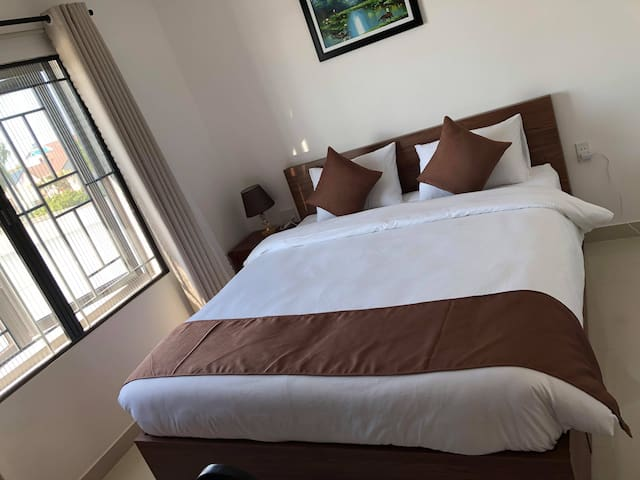 Double room with Queen bed have city view