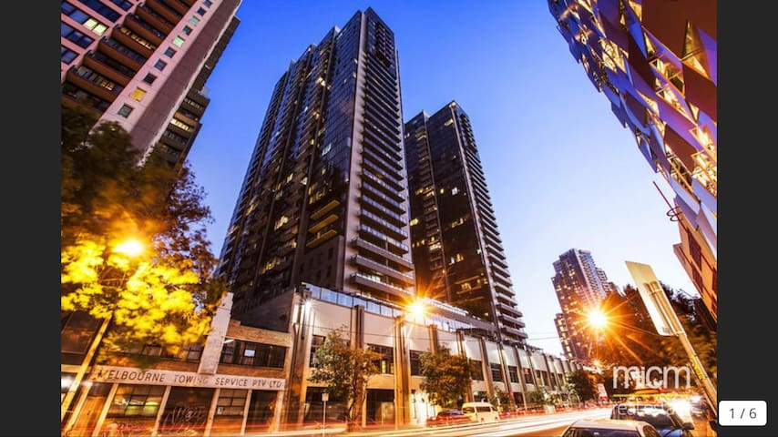 A beautiful apartment in the heart of Southbank