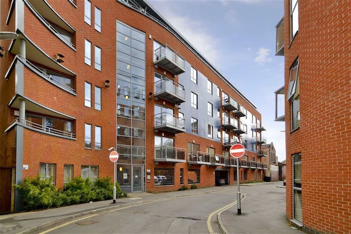 1 Bedroom Apartment close to Leeds City Centre - Leeds - Apartamento