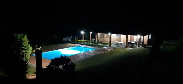 Casa de campo / sítio grande Bh