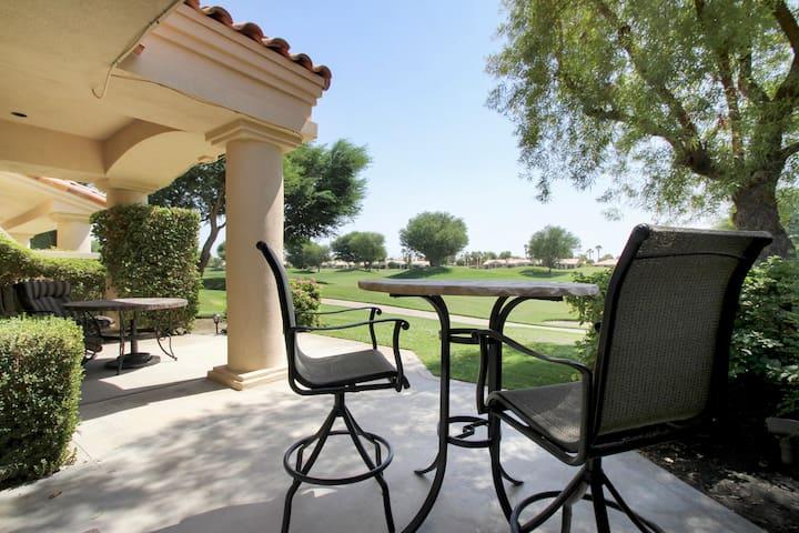 PGA WEST bedroom suite - 4.7 miles to STAGECOACH - La Quinta - Villa