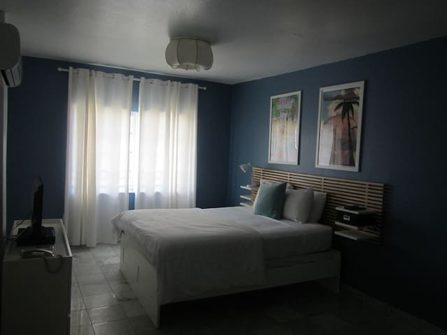 Unit332 - Miami Beach - Condominium
