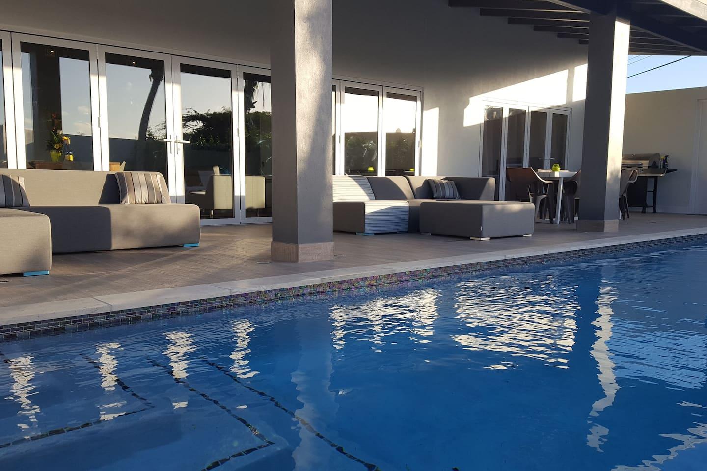 Amazing outdoor pool lounge area