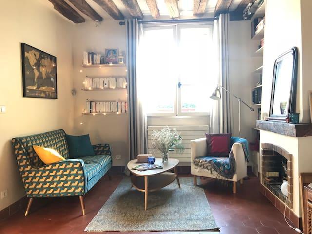 Authentique studio Marais Paris 4e