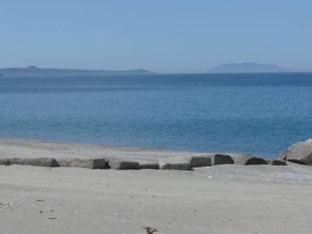 ...il mare dietro l'angolo!