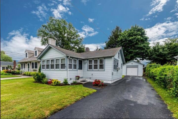 Jersey Shore Cottage