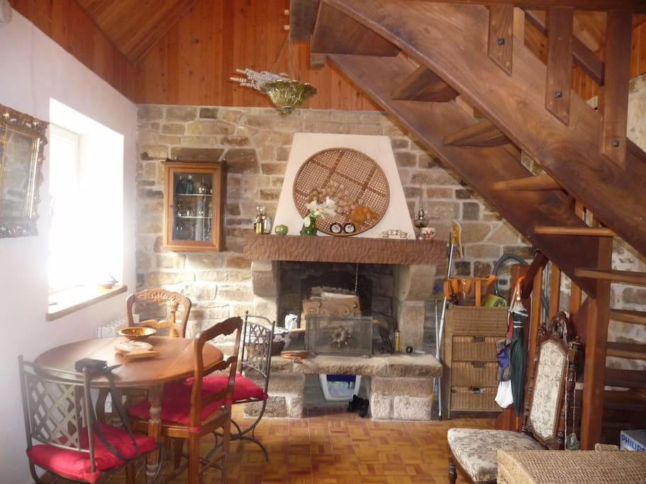 petite maison bretonne 4km de la mer micromaisons louer ploumilliau bretagne france. Black Bedroom Furniture Sets. Home Design Ideas