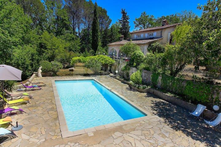 Lovely villa28 min from Cannes-Provence Côte dAzur - Tourrettes - วิลล่า