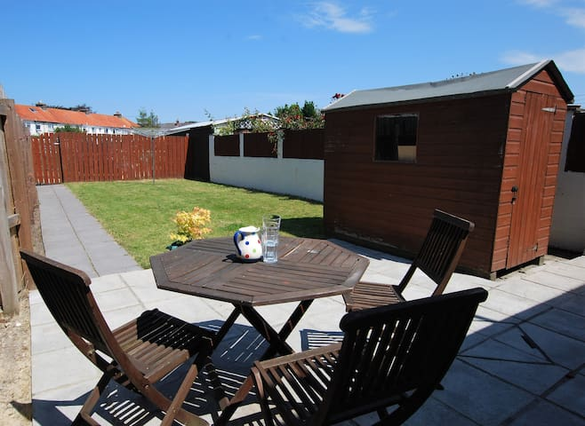 Allotment Lane - Barnstaple - spacious, convenient