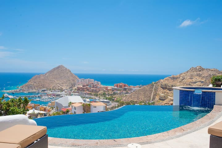 Panoramic Views of Cabo & Sea: Villa Leonetti
