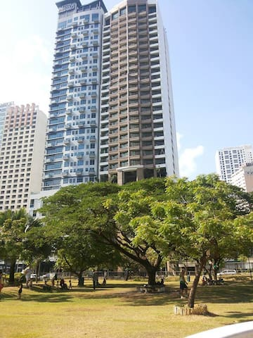 Cozy Unit within KL Tower Hotel -  Nice & elegant - Makati City