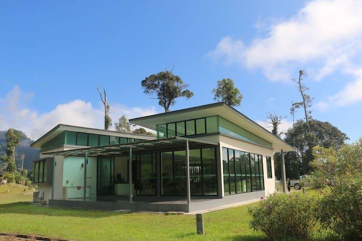 The Glass Villa Borneo Highlands Resort House No.9
