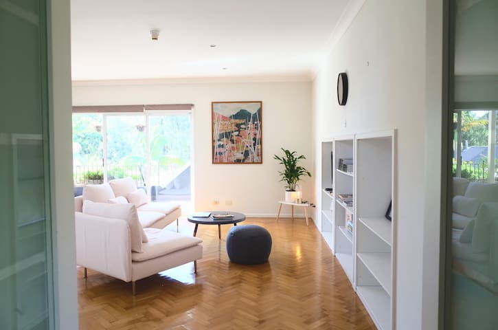Sunny 3 Bedroom Apartment in Woolloomooloo Sydney - Вулумулу - Квартира