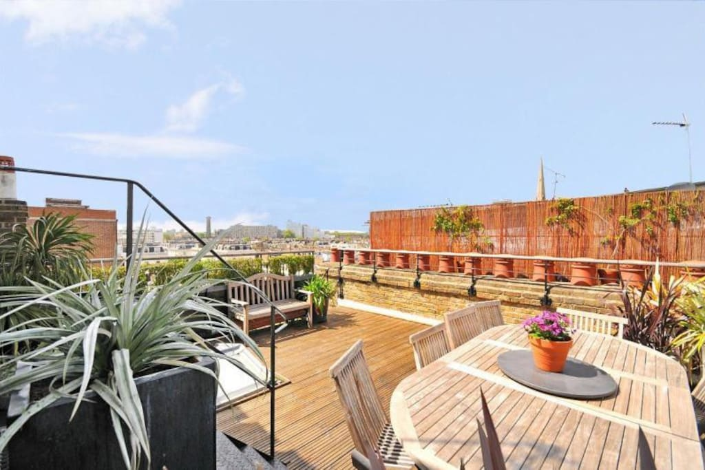 Big private terrace wth breathtaking big ben and london eye views!