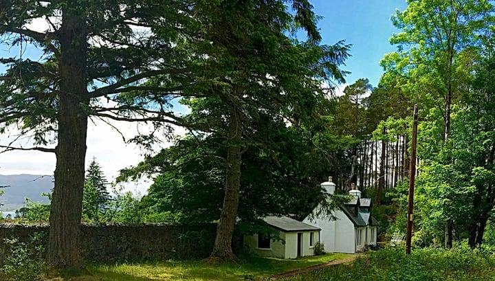 Gardeners Cottage in Beautiful Highland Estate