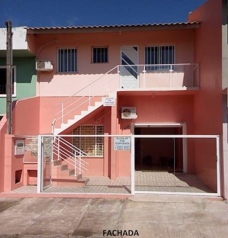 Casa na praia de São Lourenço do Sul