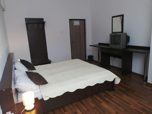 Hostel Valcea Apartment