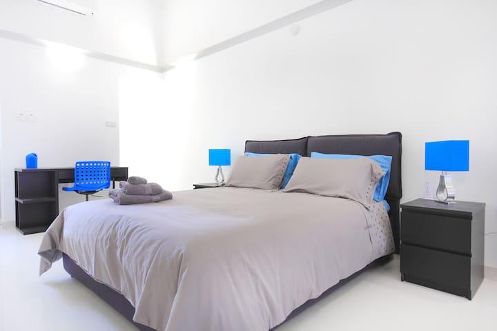 Flat 1B Bedroom and computer desk area