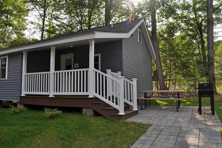 Cozy One Bedroom Cabin near Lake Wallenpaupack