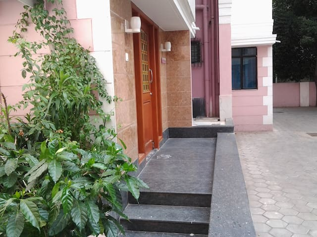 Top Class furnished Apartment - GF - Chennai