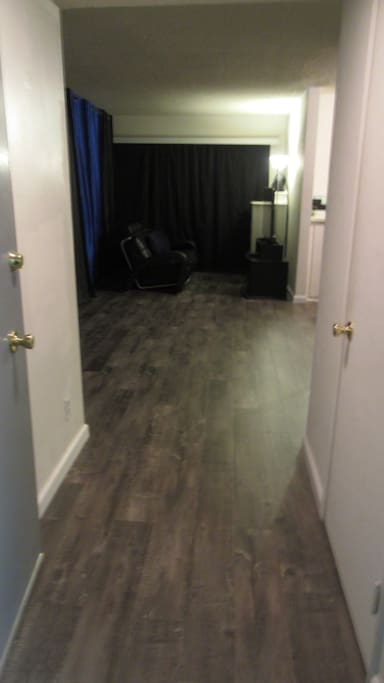 This is the main part of the Front Room, which can also serve as a Guest Room. Actually, this part of the Front Room can be split up into 2 Guest Rooms if need be.