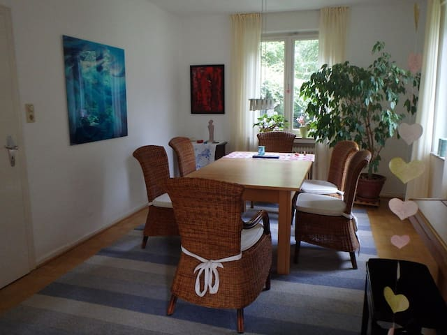 Stadtnah in der Natur - Bonn - Haus