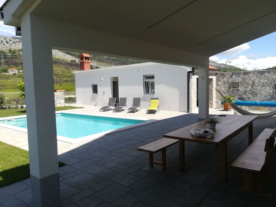 Terrace in front of pool