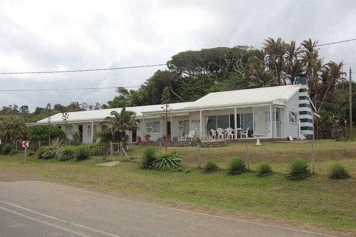 Large beach cottage at the Qolora coast