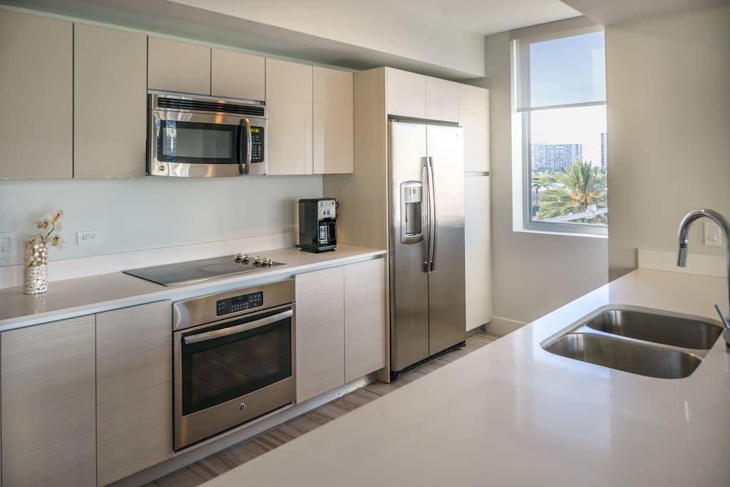Gourmet Kitchen, with Oven, stove, microwave, dishwasher, washer & dryer