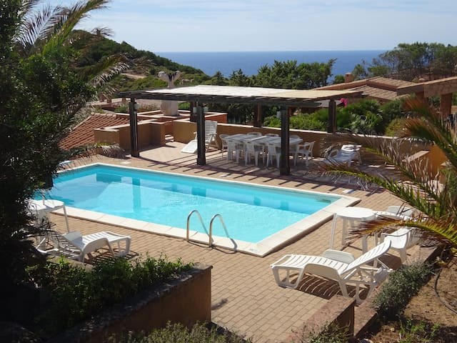 Costa Paradiso - Villa Sole 1 : 6 beds and  pool