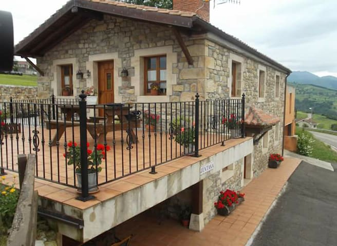 House with wonderful mountain view - Cantabria - Huis