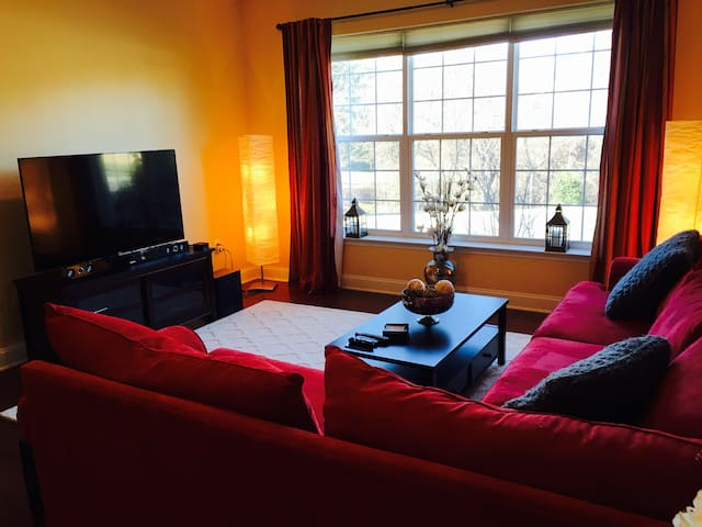 Beautiful 2 bedroom Condo! - Glen Mills
