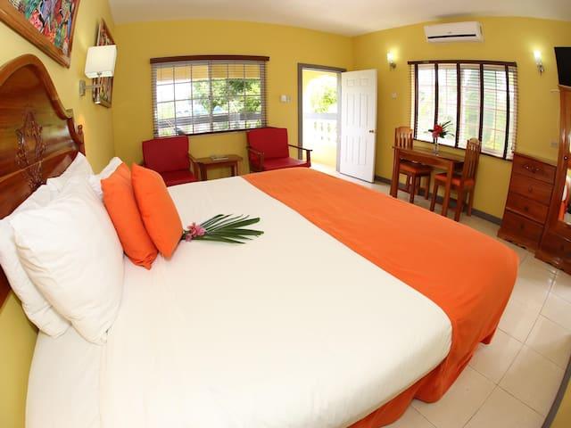 Seastar Inn, Negril, Jamaica