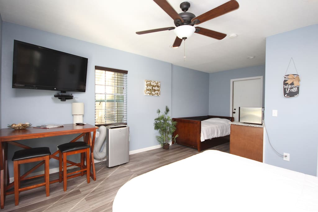 Plenty of room for your entire group to rest and relax in the heart of Destin