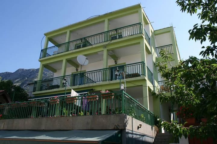 One bedroom apartment with terrace and sea view Gradac, Makarska (A-2784-a) - Gradac - Appartement