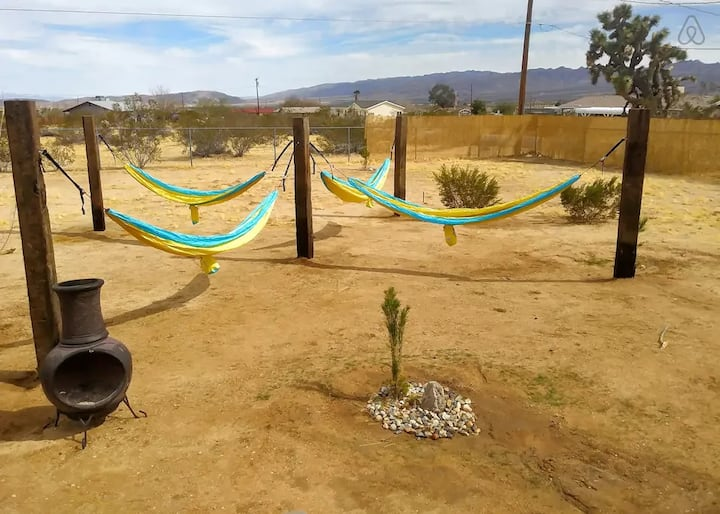 ⭐ The Sunburst - Joshua Tree Retreat